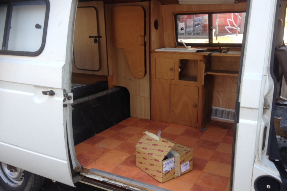Interieur westfalia t3 t2 3 campers vw bus camper for Interieur westfalia t3